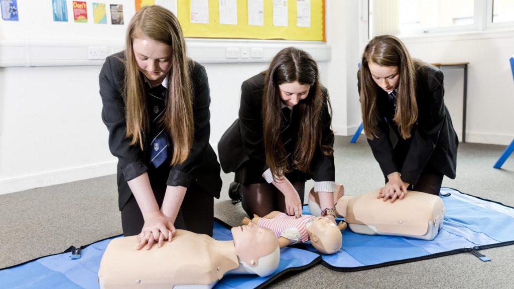 cpr 2020 schools basic first aid save a life government blog